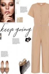 How to wear a Cotton-Poplin Short Sleeve Jumpsuit!
