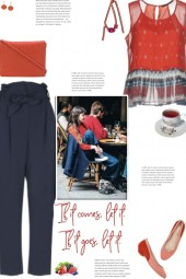 How to wear a Crepep Frill Detailed Top!