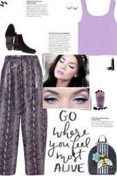 How to wear a Faux Leather Snake Print Pants!