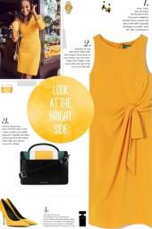 How to wear a Knot-Detail Sleeveless Dress!