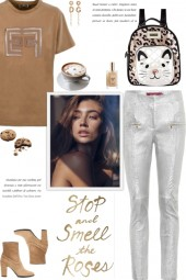 How to wear an Embellished Short Sleeve T-Shirt!
