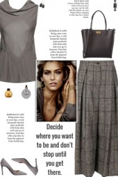 How to wear a Check Wide-Leg Culottes!