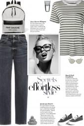 How to wear a Stripe Short Sleeve T-Shirt!