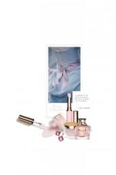 Le Ruban Rose / The Pink Ribbon