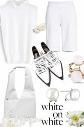 MONOCHROME: WHITE