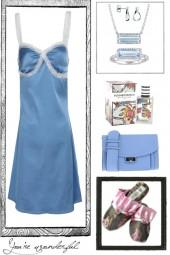 SLIP DRESS IN BLUE