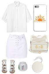 SUMMER WHITE IN THE RIGHT