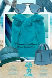 Journi's Winter Beach Coat And Accessories Outfit