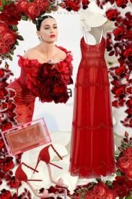 Rød sid kjole med rosa-rødt tilbehør