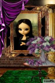 Mona on Exhibit