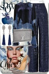 Glam blue show