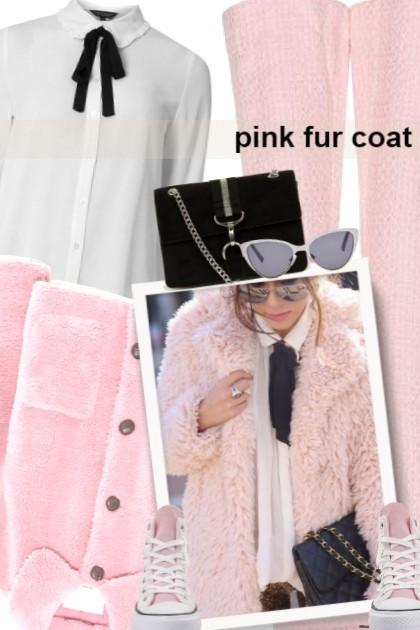 pink fur coat- combinação de moda