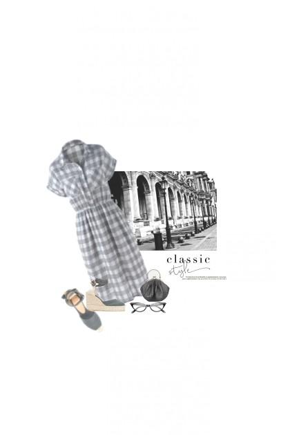 Le Petit Sac Gris / The Little Grey Purse- Fashion set