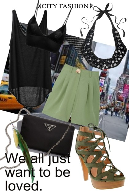 With a friend in the city at night- Fashion set