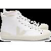 item - Boots -