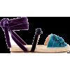 item - Balerinke -