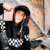 kid w/ checkered hoodie - Ljudi (osobe) -