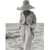 woman beach summer black & white photo - Uncategorized -