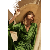 woman photo - Uncategorized -