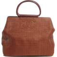 lence59 - CHANEL Woven Straw Raffia Wooden Handle - Torbice -