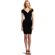 BCBGMAXAZRIA Women's Rita Ruched Pleat Dress with Cap Sleeve Black - Cap - $185.99