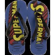 Havaianas Superman I Flip Flop (Toddler/Little Kid) - 休闲凉鞋 - $13.95  ~ ¥93.47