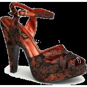 Black And Red Brocade Platform Sandal - 6 - Sandals - $50.00