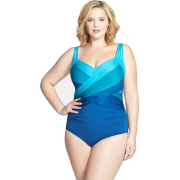 Blue swimsuit plus size (Nordstrom) - People -