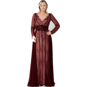 Burgundy evening gown plus size - People -