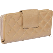 Buxton Buffalo Quilt Ensemble Clutch Tobacco - Clutch bags - $35.64