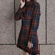 Checked colorblock fringed long-sleeved - Kleider - $29.99  ~ 25.76€