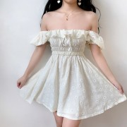 Chrysanthemum Embroidery Sexy Square Collar Lace High Ruffle Ruffle Dress - Kleider - $32.99  ~ 28.33€