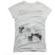 DesignbyHumans Women Fitted Tee #tshirt - T-shirts - $25.00