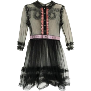 GUCCI EMBELLISHED RUFFLED TULLE DRESS - 连衣裙 - $3,100.00  ~ ¥20,771.04