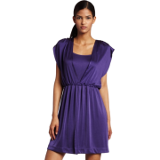 Halston Heritage Womens Deep V Shirred Dress Acai berry - Dresses - $85.02