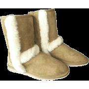 Arctic Short - Boots -