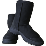 Explorer Short  - Boots -