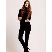 Lady in black - Catwalk -