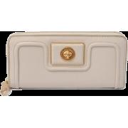 MARC BY MARC JACOBS Revolution Zip Around Leather Turnlock Long Wallet - Beige - Кошельки - $199.00  ~ 170.92€