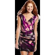 Rampage Juniors Printed Jersey Dress Black/Magenta - Vestiti - $28.49  ~ 24.47€