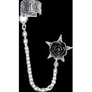 Rosa Nocta Gothic Earcuff - Ohrringe - $23.50  ~ 20.18€