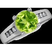 Round Peridot Ring - Rings - $929.00  ~ £706.05