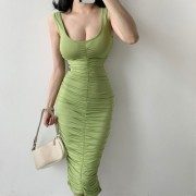 Sexy U-neck low chest pleated waist pocket hip elastic solid dress dress - Vestidos - $21.99  ~ 18.89€