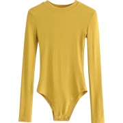 Small round neck long sleeve pitted body - Pajamas - $25.99