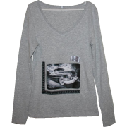 Classy old car - woman1 - Long sleeves t-shirts - 150,00kn  ~ $23.61