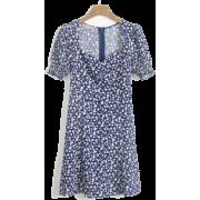 Square collar puff sleeve A skirt - ワンピース・ドレス - $27.99  ~ ¥3,150