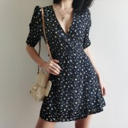 Vintage Floral Deep V-Neck One-Piece Lac - Vestidos - $27.99  ~ 24.04€