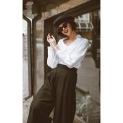 White blouse by brand Friday on my Mind - Laufsteg -