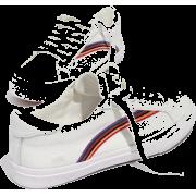 Women's Sidewalk Low-Top Sneakers in Ra - Turnschuhe - $63.00  ~ 54.11€