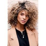 curly hairstyle - Laufsteg -